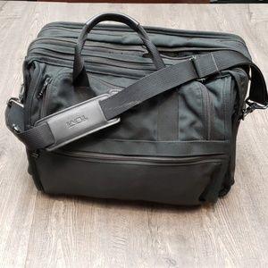 Tumi Bissenes Luggage Bag